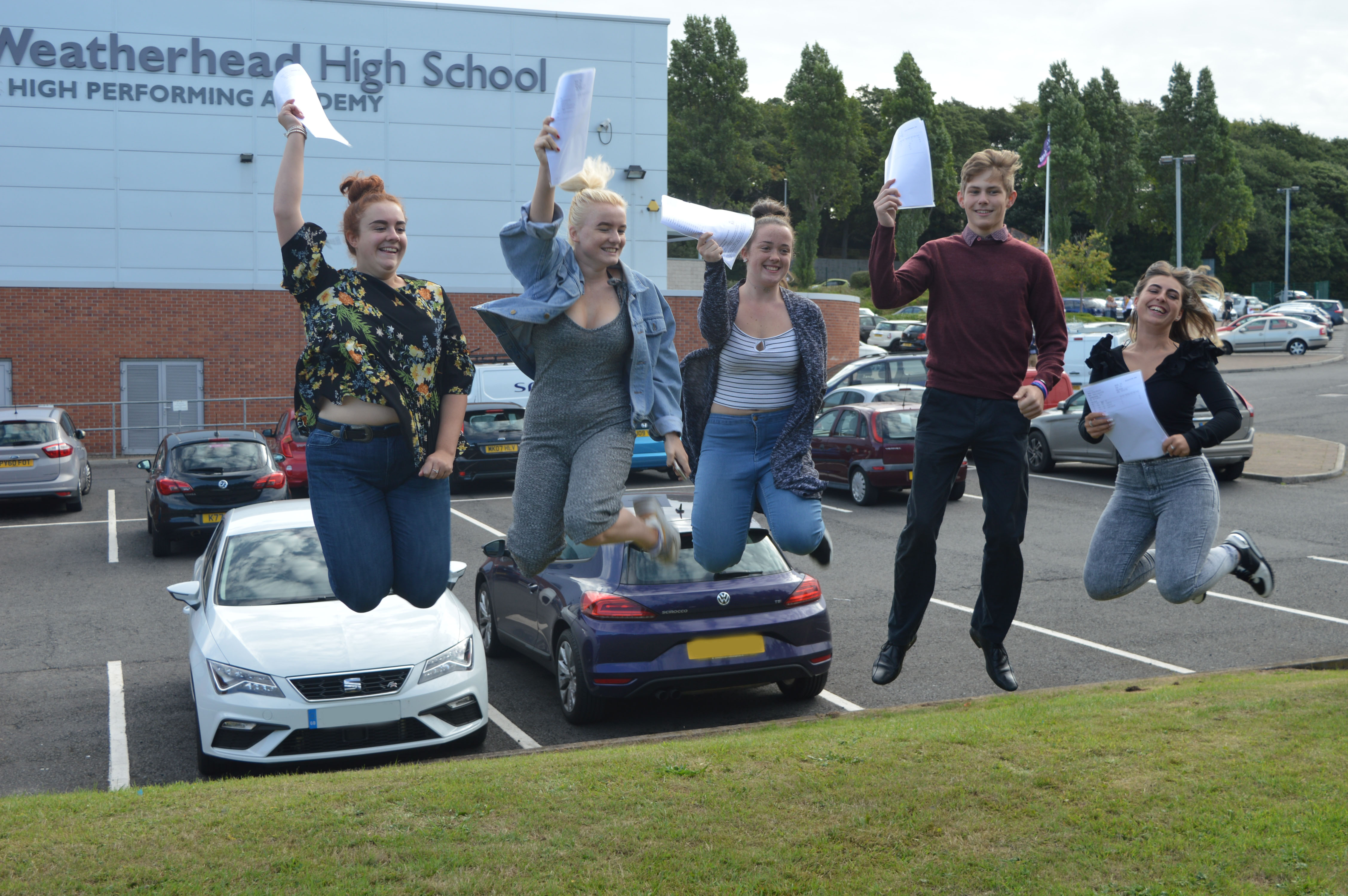 A Level Results Day 2018 (6)