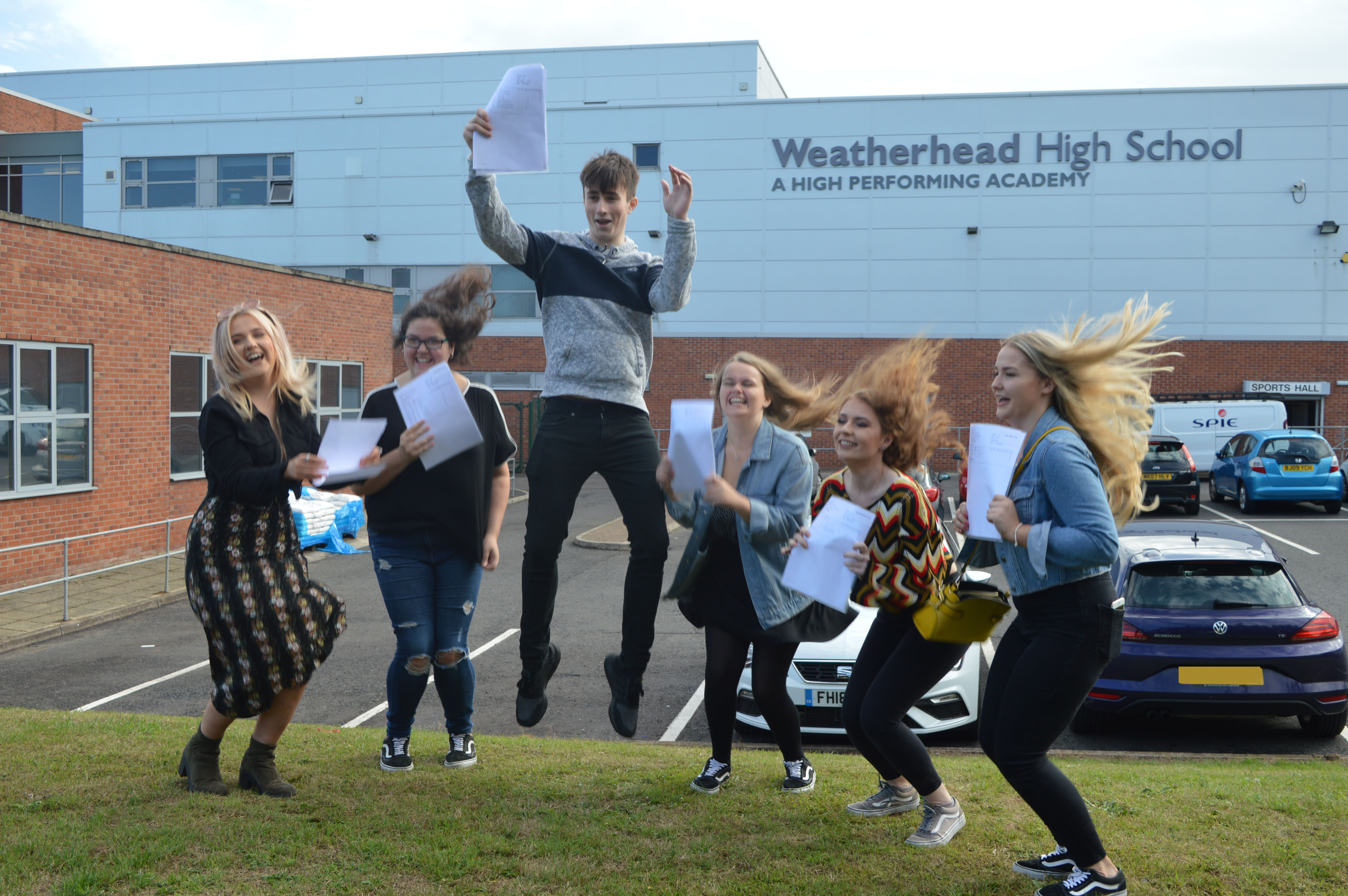 A Level Results Day 2018 (8)