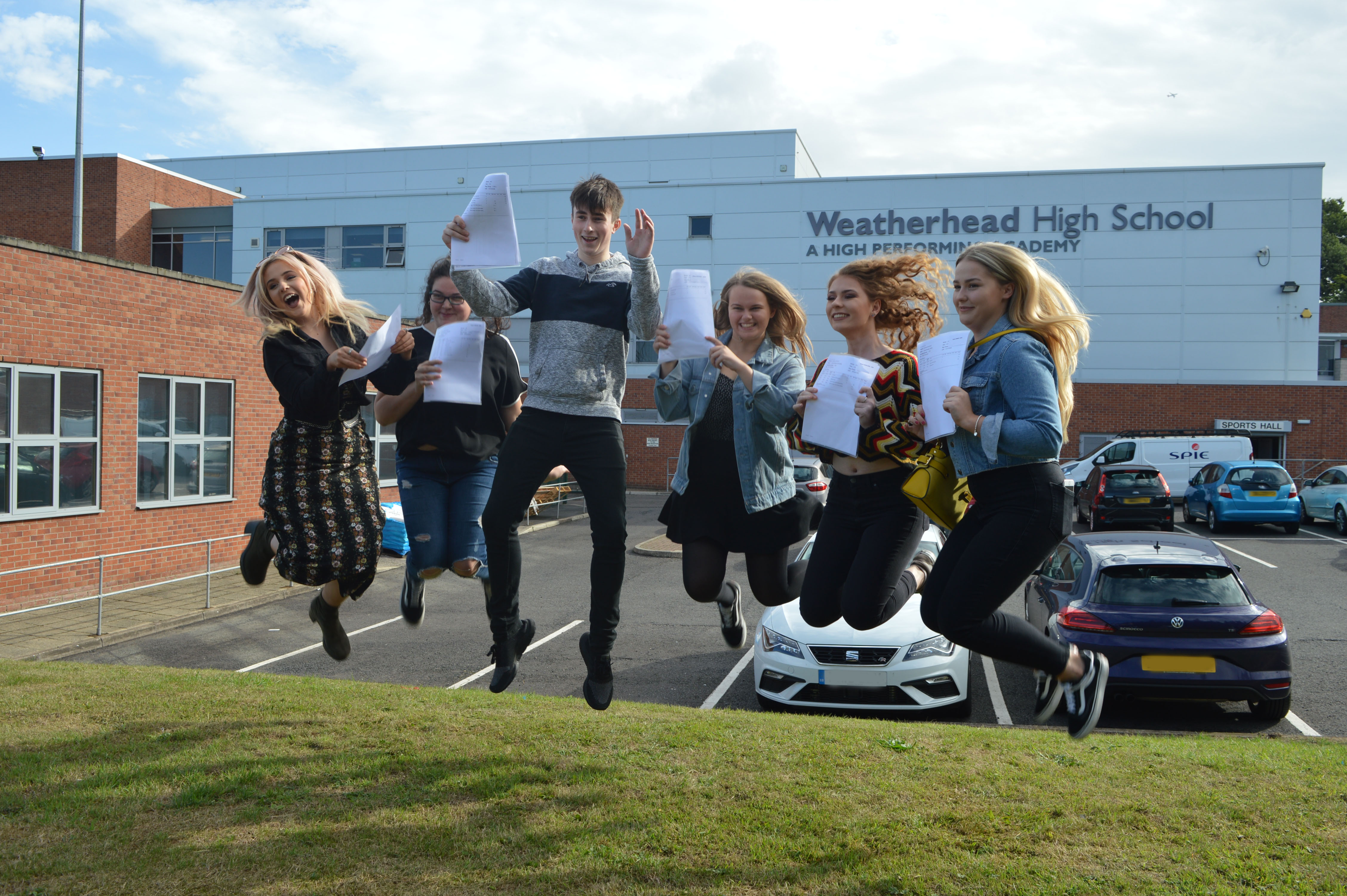 A Level Results Day 2018 (9)