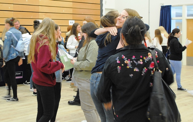 A Level Results Day 2019 (11)