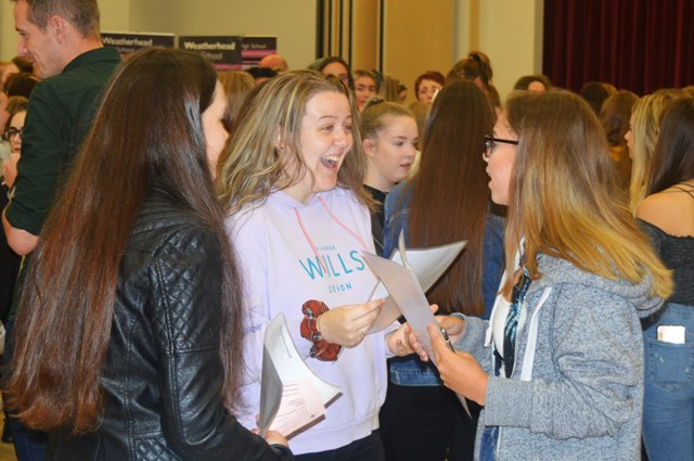 GCSE Results 2019 (16)